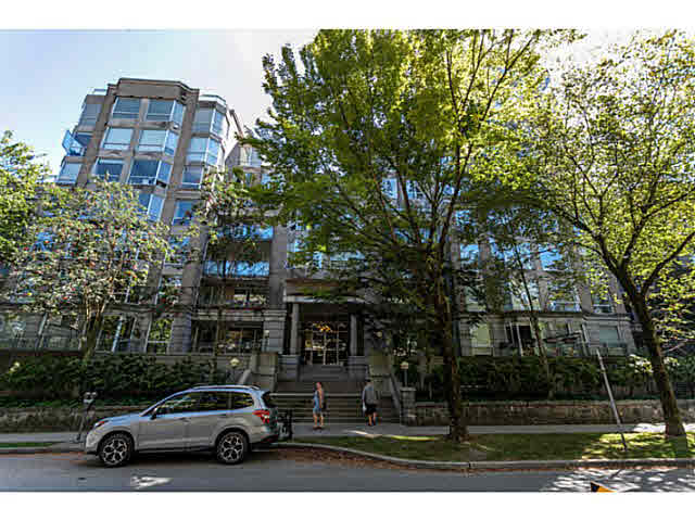 313 500 W 10TH AVENUE - Fairview VW Apartment/Condo for sale, 3 Bedrooms (V1137517) #2