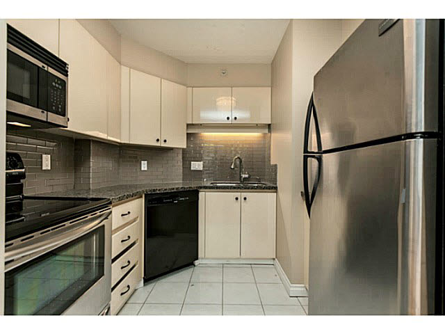 313 500 W 10TH AVENUE - Fairview VW Apartment/Condo for sale, 3 Bedrooms (V1137517) #7